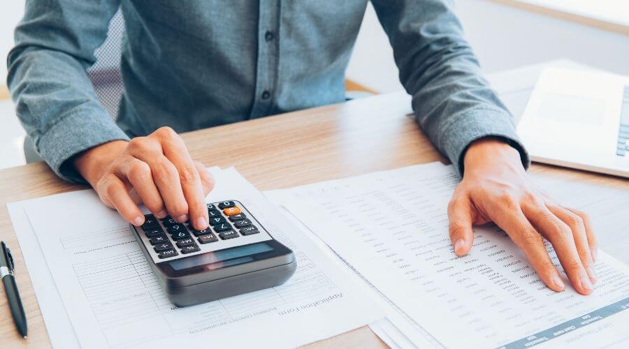 Räkna på inkomst och lån
